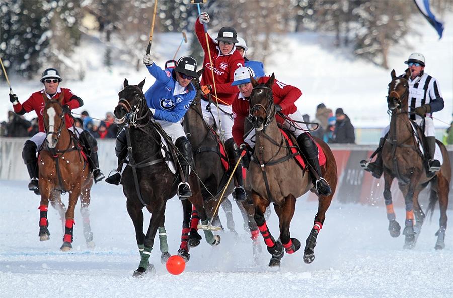 umgerchnet - Starke Pferde und Pferdestärken – BMW als Sponsor beim Snow Polo World Cup St. Moritz 2015