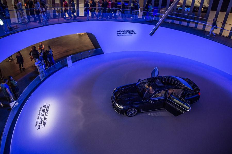 MIC 8970 - Gelungener Messeauftritt für BMW auf der IAA 2015