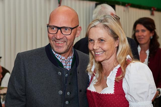 Klaus Dittrich und Susanne Heller 640x480 - Das heller & partner Armbrustschießen 2018