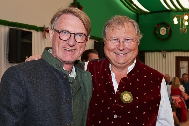 Michael Bücker und Stephan Heller 640x480 - Das heller & partner Armbrustschießen 2018
