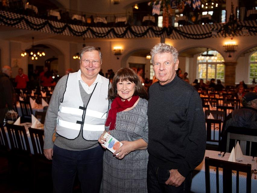 Über 70 engagierte Helfer, darunter auch die Stiftungsvorstände Stephan Heller und Petra Reiter sowie Schirmherr Oberbürgermeister Dieter Reiter, kümmerten sich um das Wohl der Gäste.